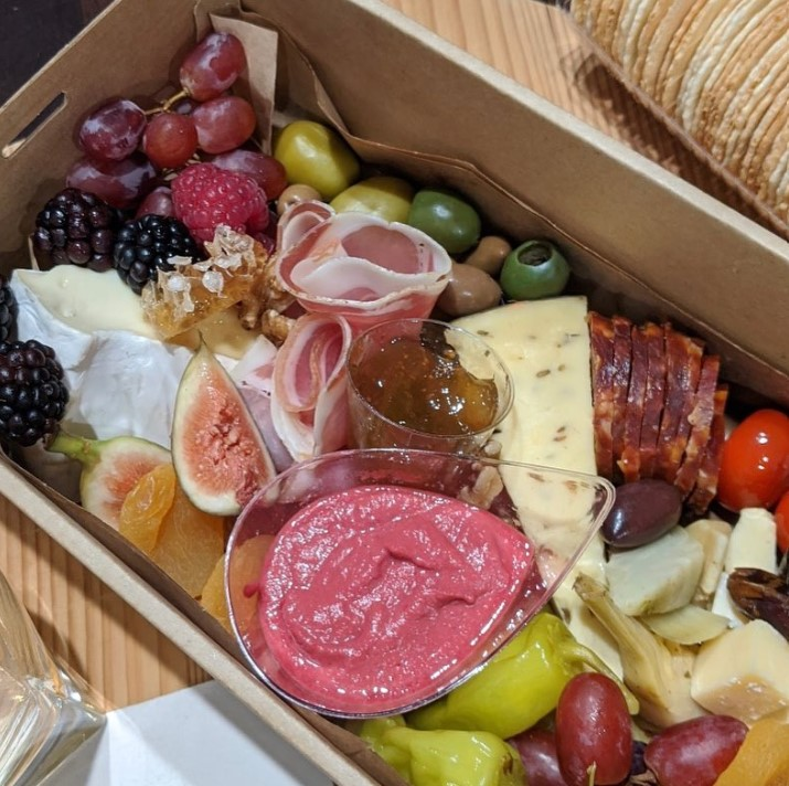 Picnic Spots Within 50 kms of Brisbane, Nearby Cafes and Grazing Boxes